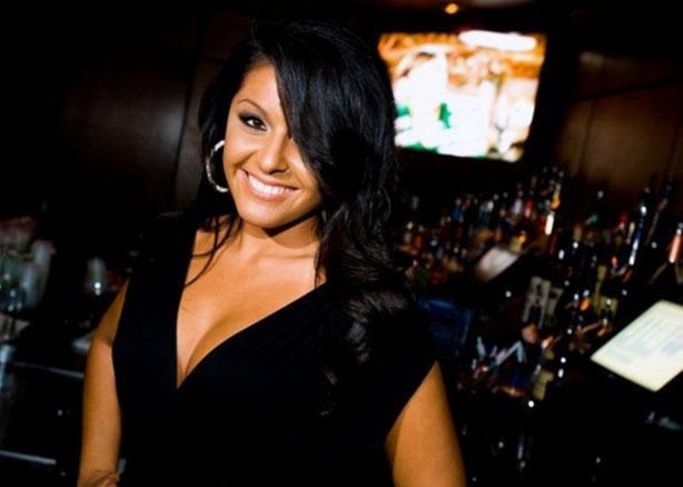 Trivia Nights Always Have a Hot Bartender