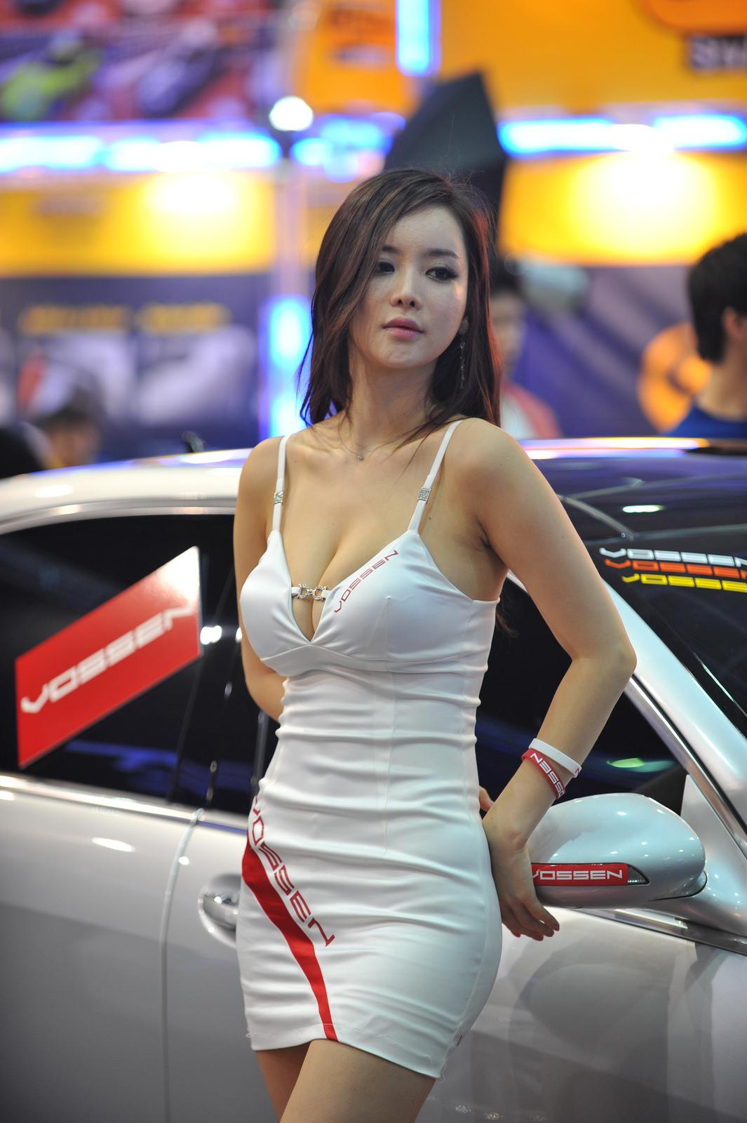 girl-aaa-asian-models