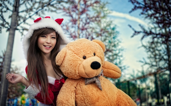 women asians smiling teddy bears christmas outfits agnes lim_wallpaperswa.com_8