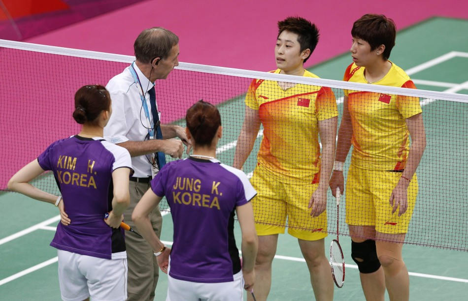 london-olympics-badminton-china-vs-korea-yu-yang-wang-xiaoli-kim-ha-na-jung-kyung-eun1
