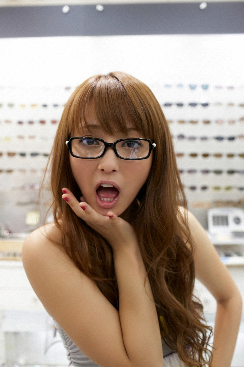 Фото японка в очках 11 фотография