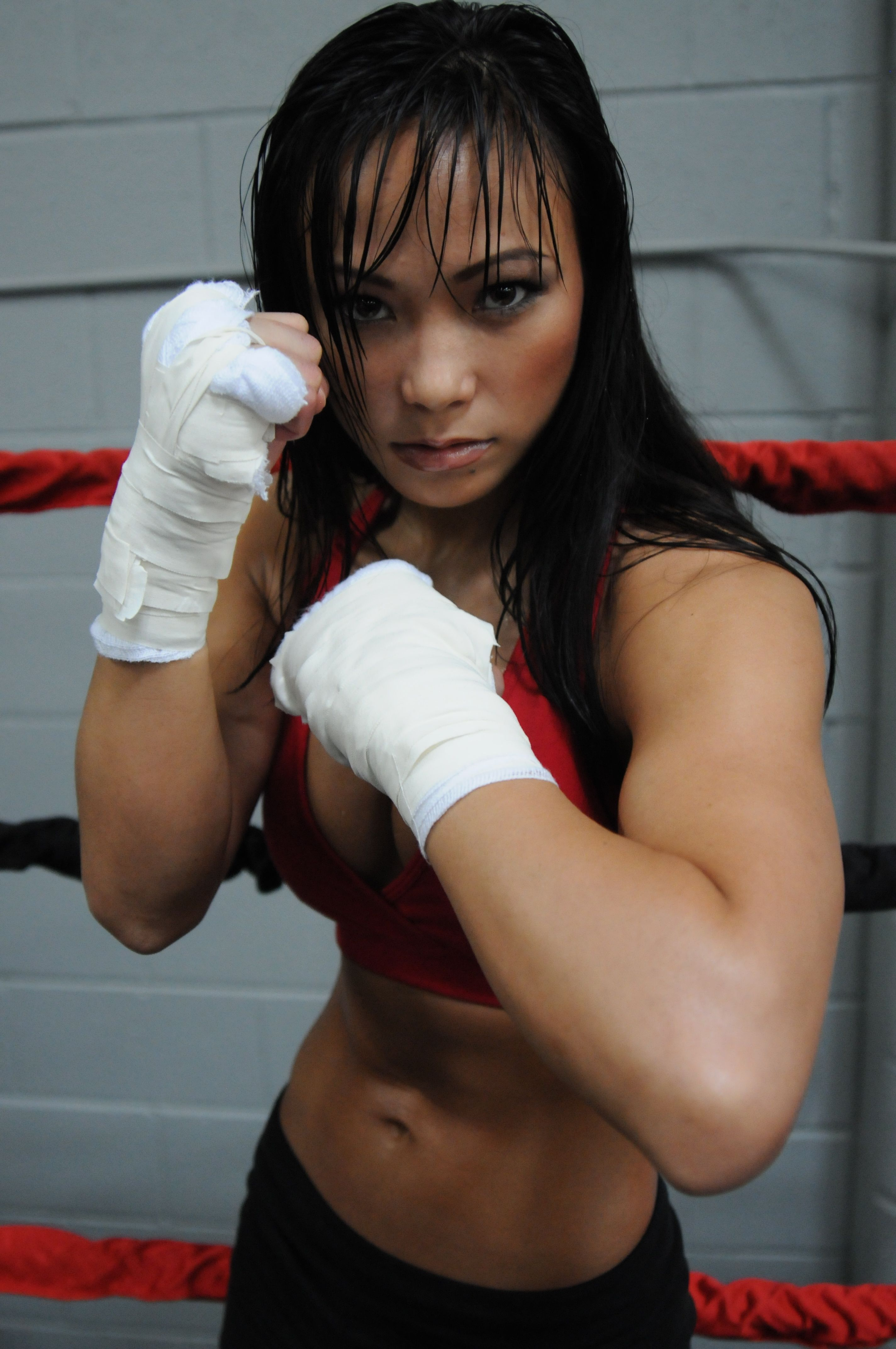 michelle-waterson-profile