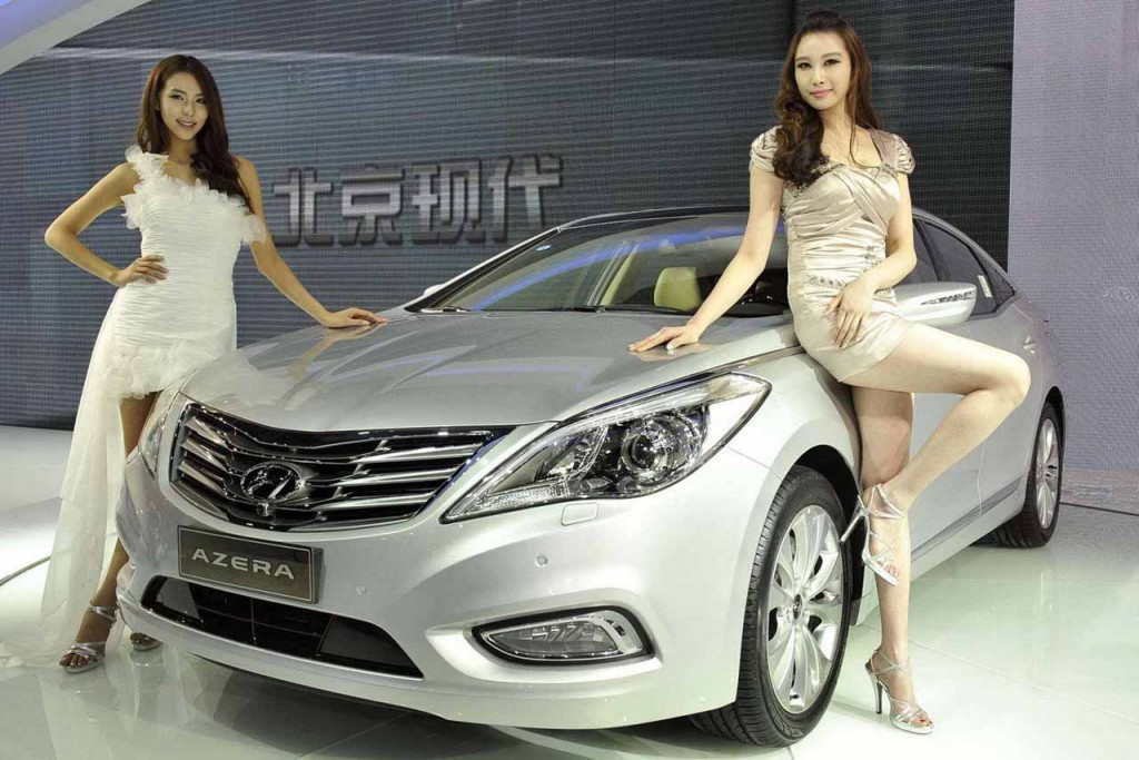 ladies_of_the_2011_shanghai_auto_show_003-1024x683