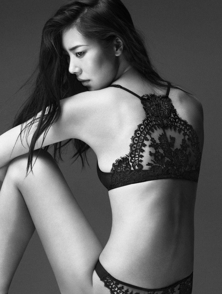 Liu-Wen-sexy-La-Perla-lingerie-pics1