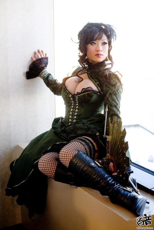 Steampunk Asian
