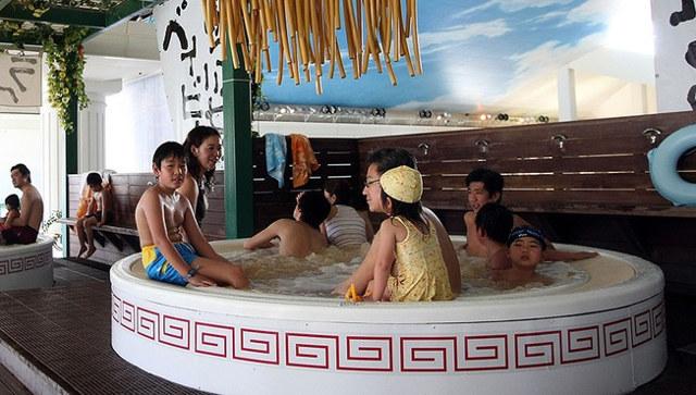 ramen-baths-1